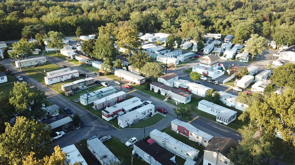 Willow Woods Mobile Home Park - rv park  | Photo 1 of 10 | Address: 1762 Crown Point Rd, Woodbury, NJ 08096, USA | Phone: (856) 845-7114