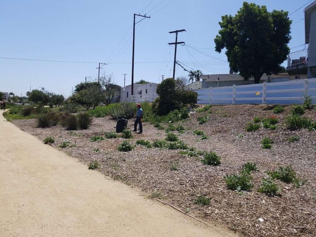 Long Beach Greenbelt - museum    Photo 5 of 10   Address: 799-701 Bennett Ave, Long Beach, CA 90804, USA
