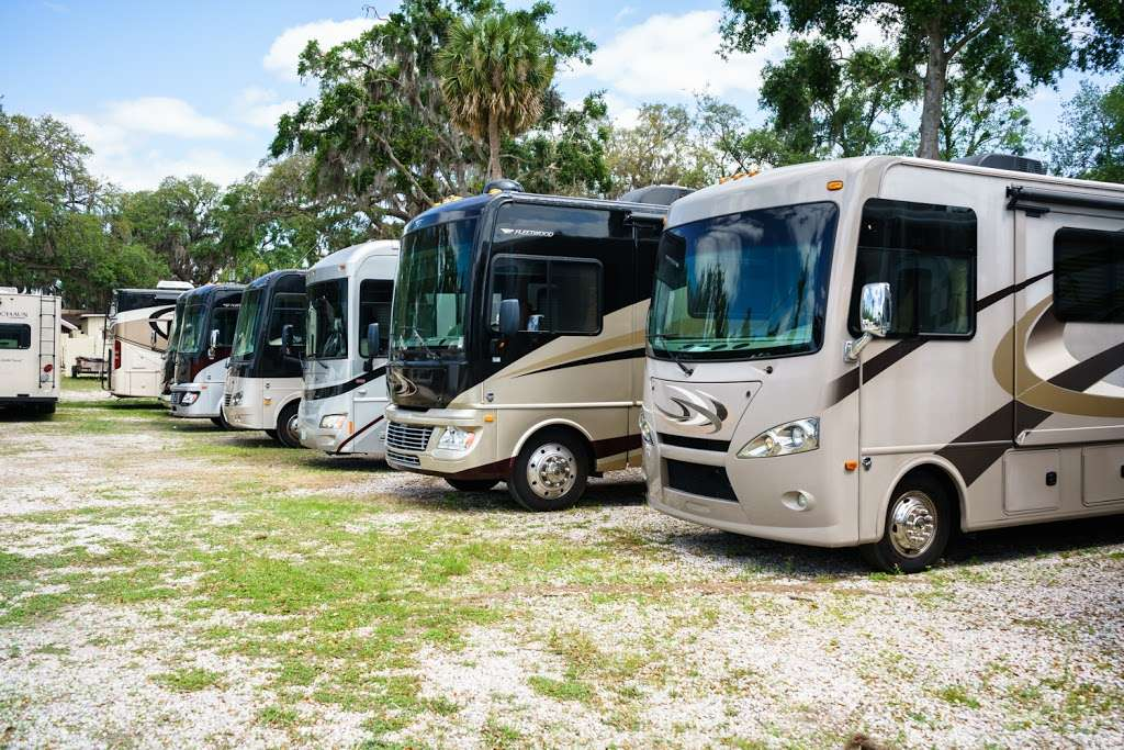 RV Rentals of Orlando - car repair  | Photo 5 of 10 | Address: 1758 S US Hwy 17 92, Longwood, FL 32750, USA | Phone: (407) 473-9311