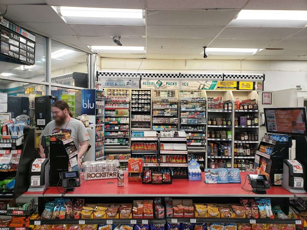 Circle K - convenience store  | Photo 1 of 7 | Address: 1324 W Rolly St, Henderson, NV 89011, USA