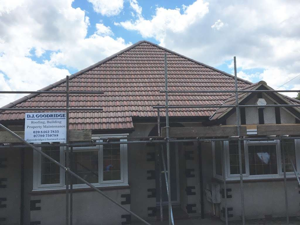 DJ Goodridge Roofing and Building - roofing contractor    Photo 3 of 4   Address: Hayes, Bromley BR2 9EE, UK   Phone: 020 8462 7835