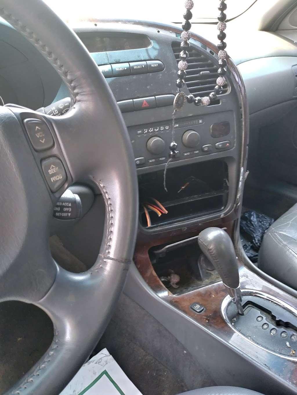 Auto City Service - car repair  | Photo 4 of 7 | Address: 7454 C F Hawn Fwy, Dallas, TX 75217, USA | Phone: (214) 271-4840