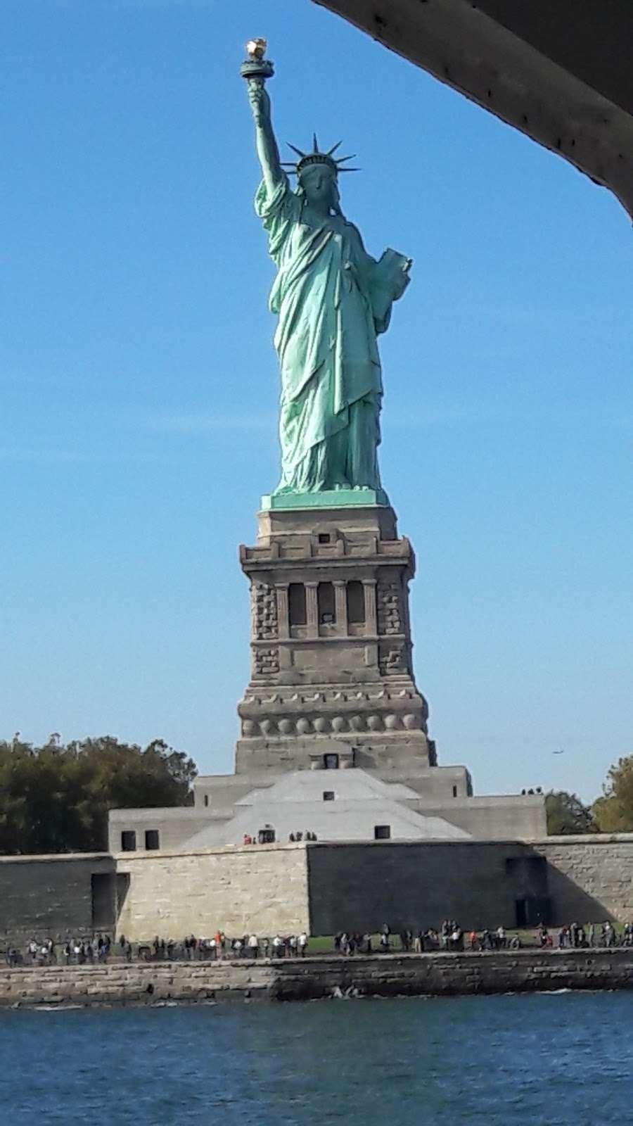 Audio Tour Kiosk - travel agency  | Photo 1 of 10 | Address: Brooklyn, NY 11231, USA | Phone: (212) 363-3180