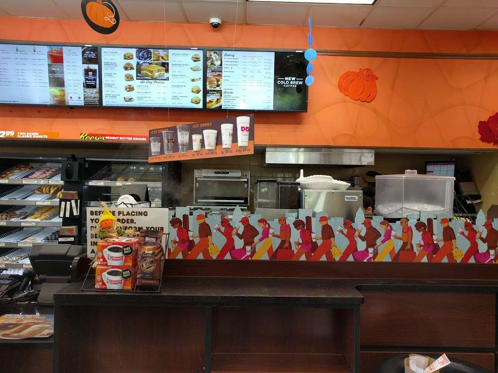Dunkin Donuts - cafe  | Photo 5 of 10 | Address: 1935 E Osceola Pkwy, Buena Ventura Lakes, FL 34743, USA | Phone: (407) 348-7822