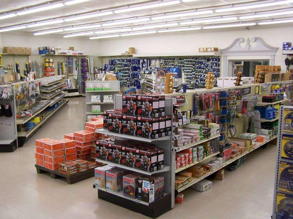 Robinson Builders Mart of Newton, NC - hardware store  | Photo 4 of 10 | Address: 1415 Northwest Blvd, Newton, NC 28658, USA | Phone: (828) 464-7700