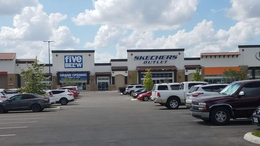 The Shops at Dove Creek - shopping mall    Photo 3 of 10   Address: 415 TX-1604 Loop, San Antonio, TX 78251, USA   Phone: (210) 660-3660