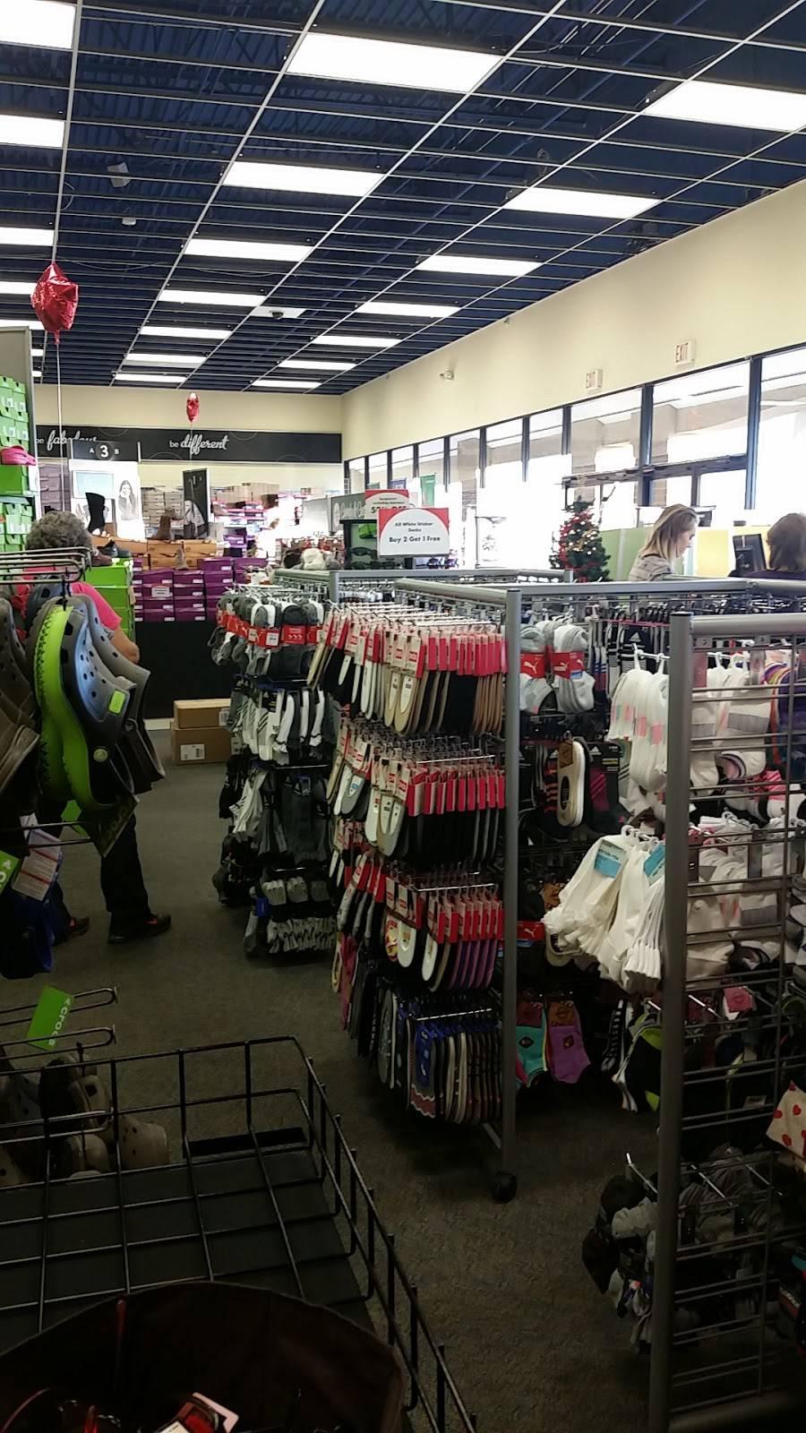 Shoe Carnival - shoe store  | Photo 3 of 8 | Address: 12313 E 96th St N, Owasso, OK 74055, USA | Phone: (918) 376-2918