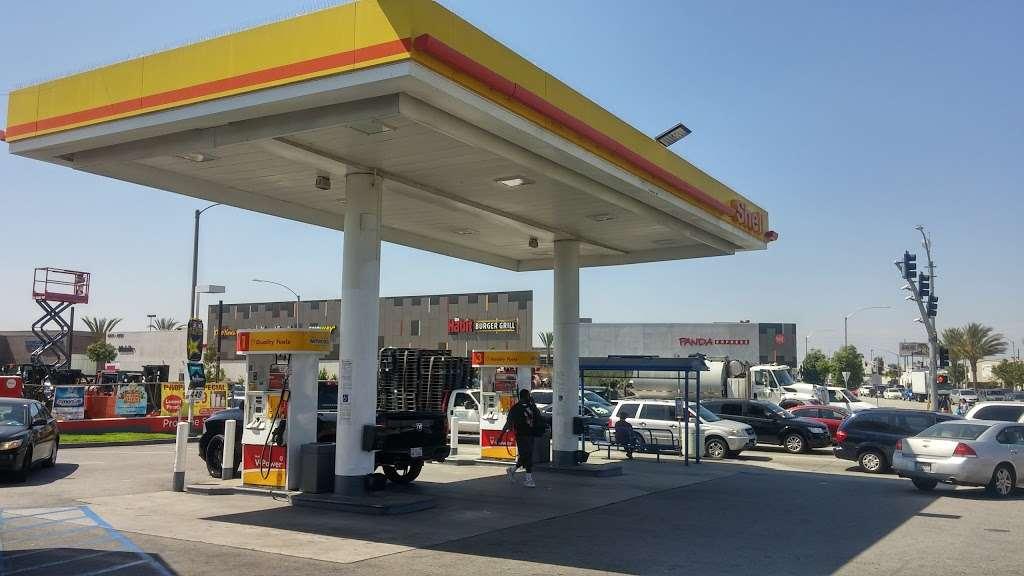 Shell - gas station  | Photo 1 of 10 | Address: 8901 Atlantic Ave, South Gate, CA 90280, USA | Phone: (323) 569-9636