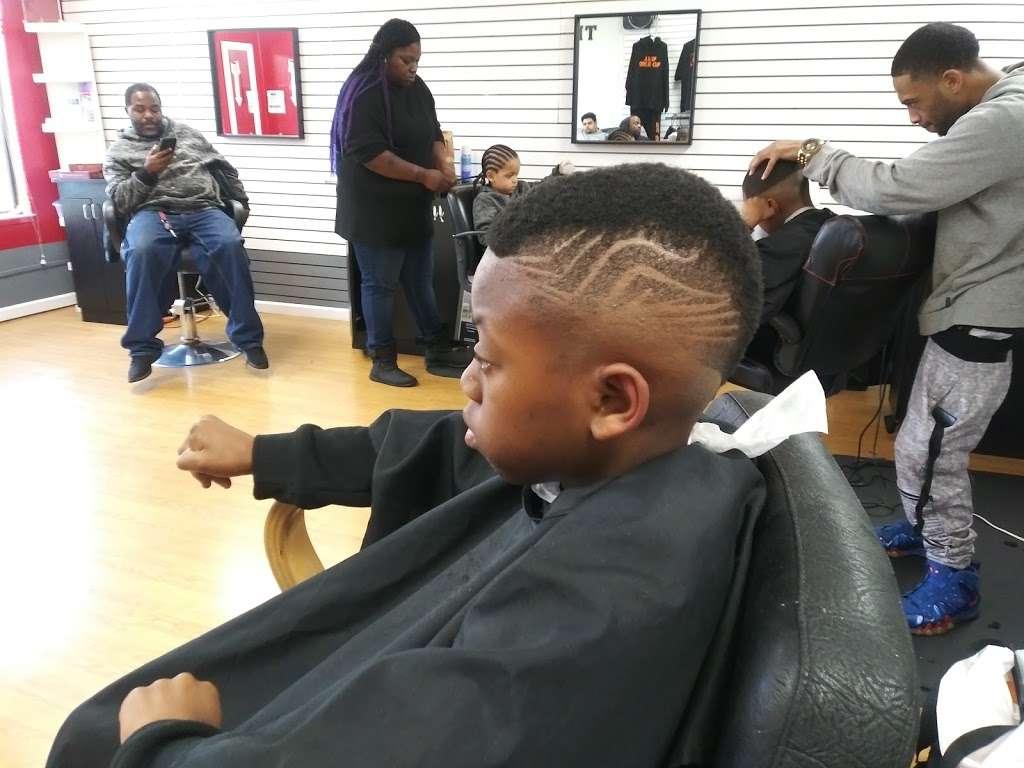 The Hookup Barber Shop, 9 San Pablo Ave, Richmond, CA 9, USA