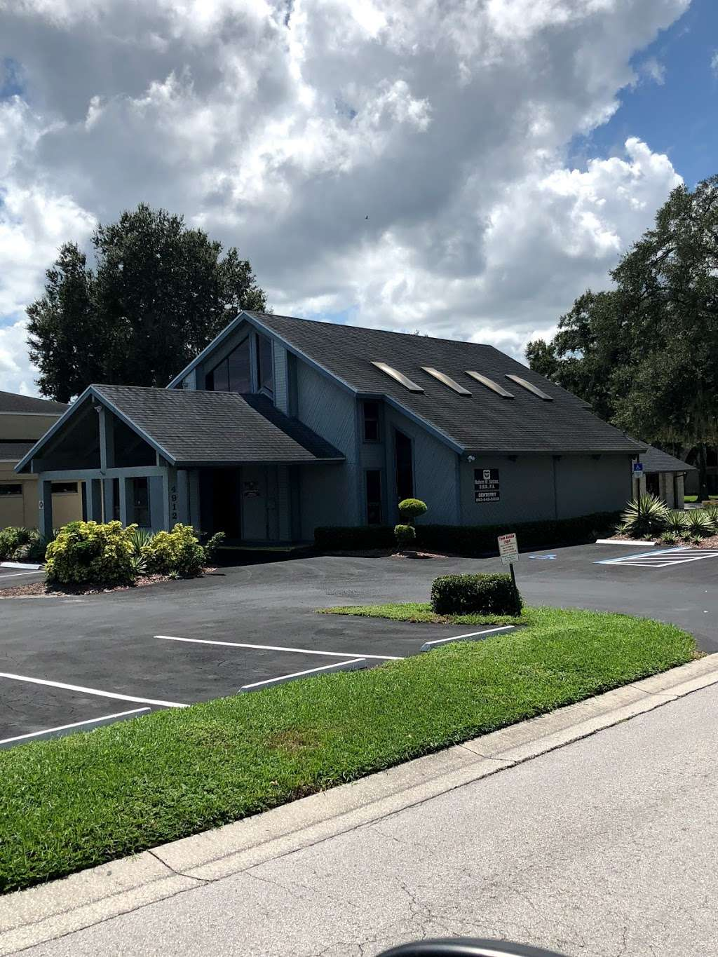 Lumina Dental Lakeland (formerly Dr. Sutton) - dentist  | Photo 2 of 10 | Address: 4912 Southfork Dr, Lakeland, FL 33813, USA | Phone: (863) 455-4348