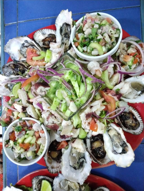 Mariscos Moyocoyo - restaurant  | Photo 5 of 10 | Address: Mesa de Otay, Calz del Tecnológico 707, Universidadotay, Tijuana, B.C., Mexico | Phone: 664 624 1800