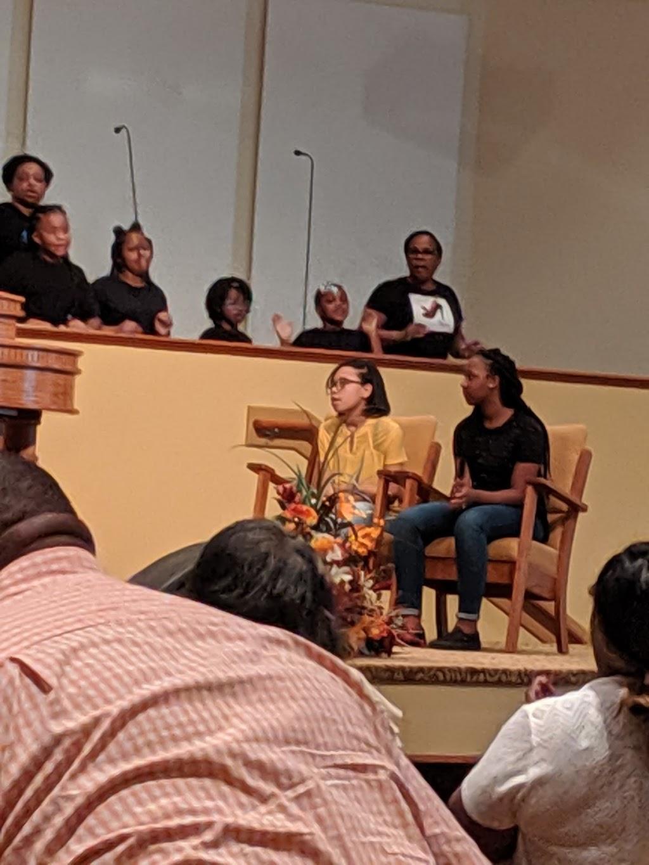 Oak Grove Baptist Church - church  | Photo 8 of 10 | Address: 2635 E Washington St, Suffolk, VA 23434, USA | Phone: (757) 539-8012