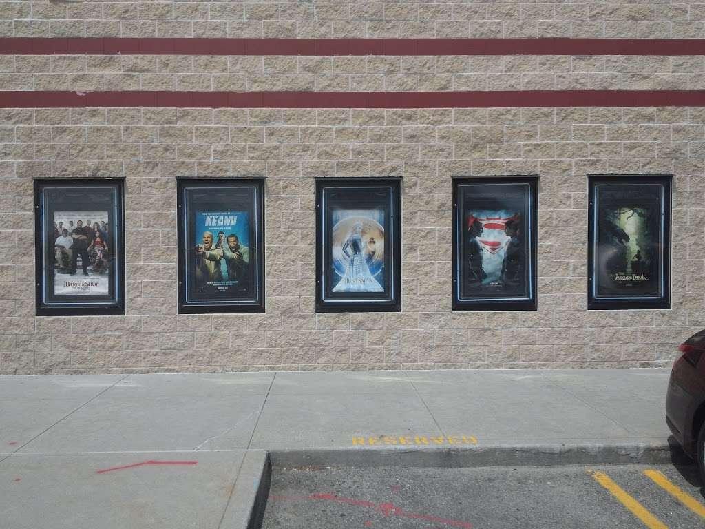 Linden Boulevard Multiplex Cinemas - movie theater  | Photo 4 of 10 | Address: 2784 Linden Blvd, Brooklyn, NY 11208, USA | Phone: (800) 315-4000
