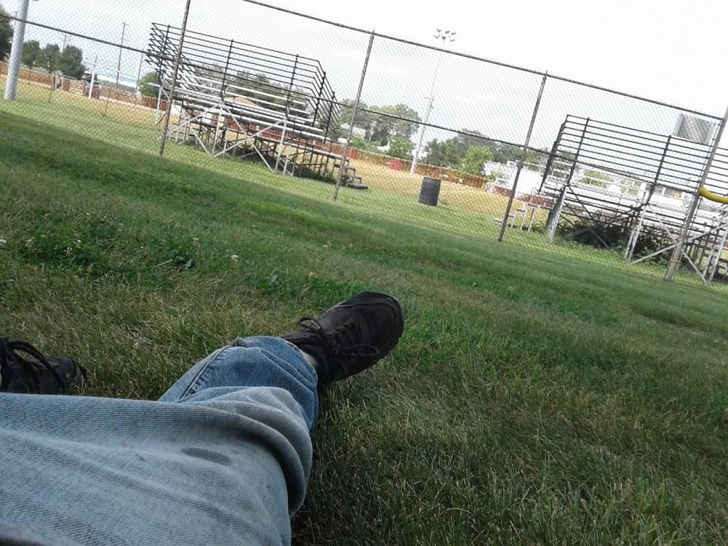 Center Line Parks & Recreation - park  | Photo 9 of 10 | Address: 25355 Lawrence Ave, Center Line, MI 48015, USA | Phone: (586) 757-1610