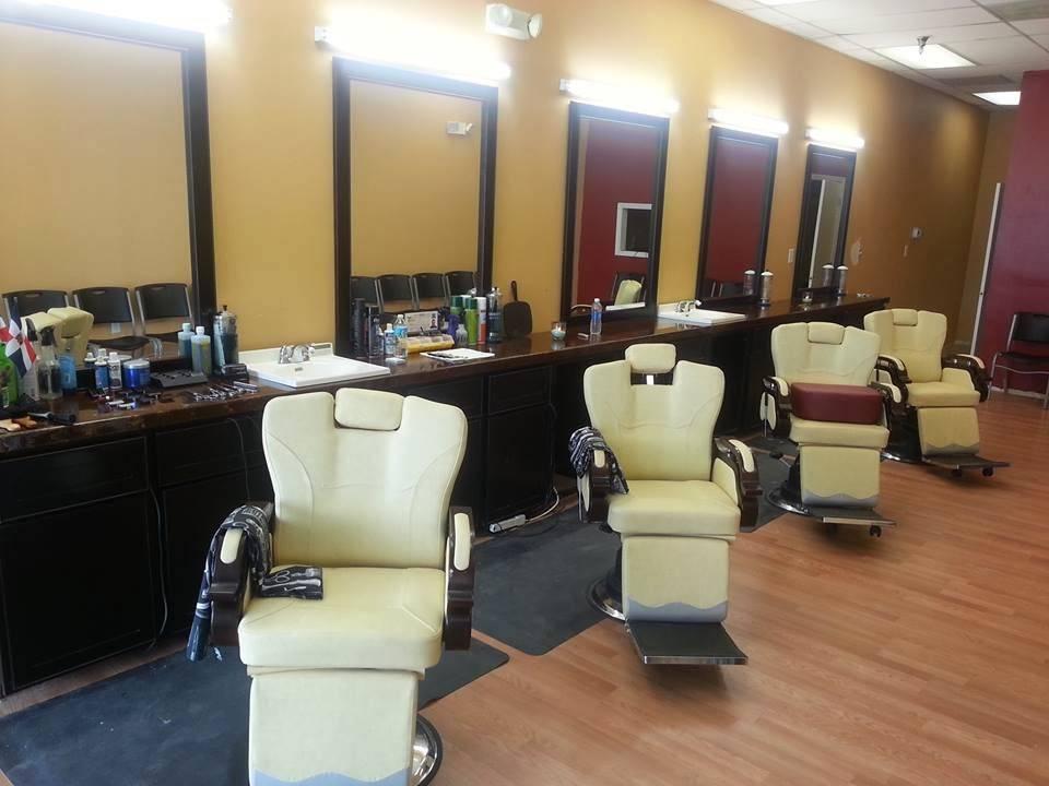 Scissors Edge Barber shop - hair care  | Photo 3 of 8 | Address: 1318 Seven Springs Blvd, New Port Richey, FL 34655, USA | Phone: (727) 375-0796