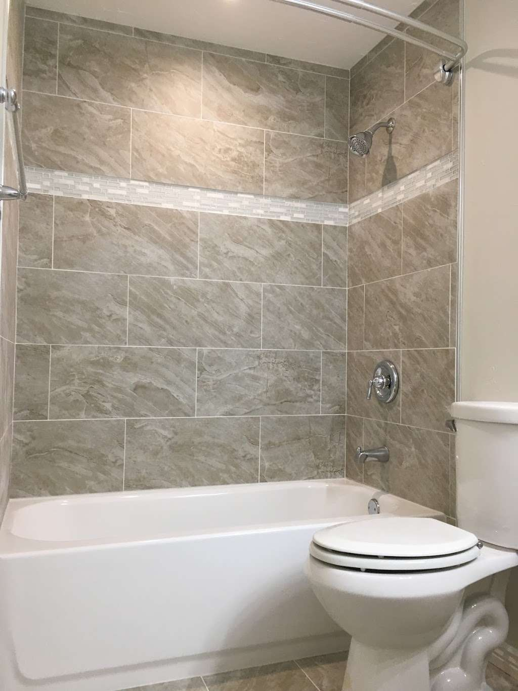 Wellspring Home Services - painter    Photo 7 of 9   Address: 4412 E Mulberry St Lot 288, Fort Collins, CO 80524, USA   Phone: (719) 659-2759
