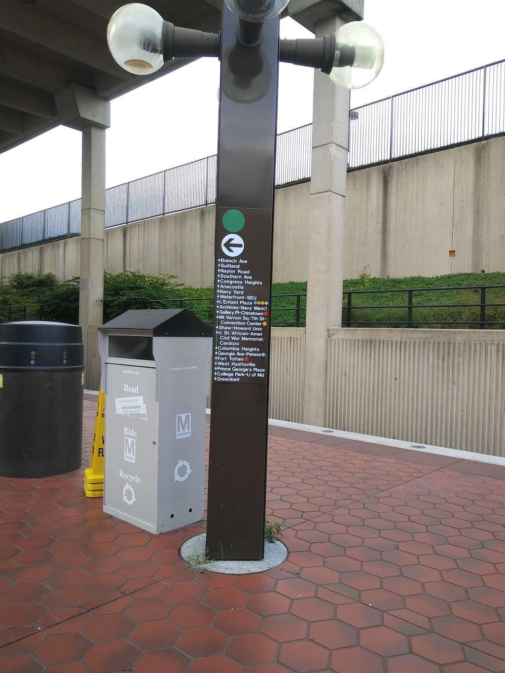 Branch Avenue Station - subway station  | Photo 5 of 10 | Address: 4704 Old Soper Rd, Suitland-Silver Hill, MD 20746, USA | Phone: (202) 637-7000