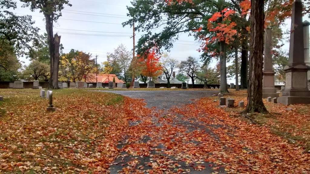 Cedar Lawn Cemetery - cemetery  | Photo 5 of 10 | Address: 200 McLean Blvd, Paterson, NJ 07504, USA | Phone: (973) 279-1161
