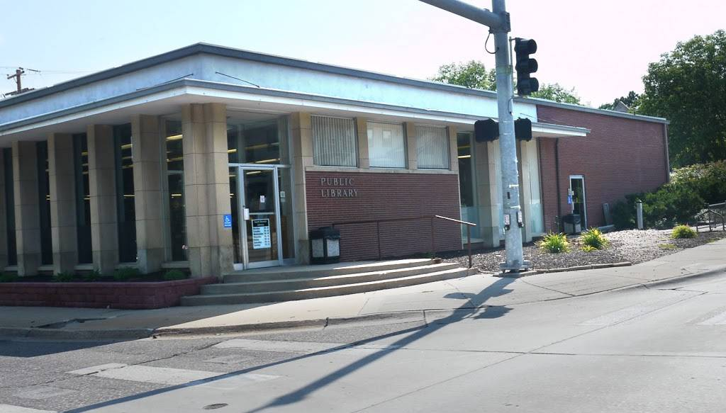 South Branch Library - library  | Photo 1 of 2 | Address: 2675 South St, Lincoln, NE 68502, USA | Phone: (402) 441-8570