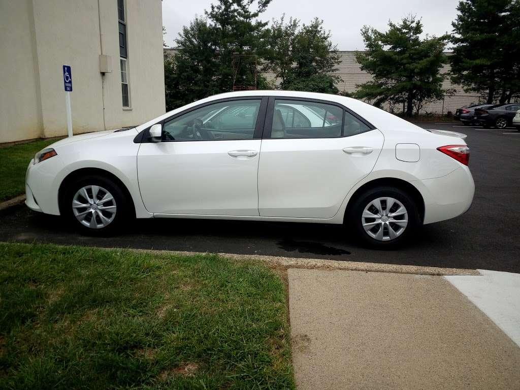 Carvana - car dealer  | Photo 6 of 9 | Address: 600 Creek Rd, Delanco, NJ 08075, USA | Phone: (609) 326-9027