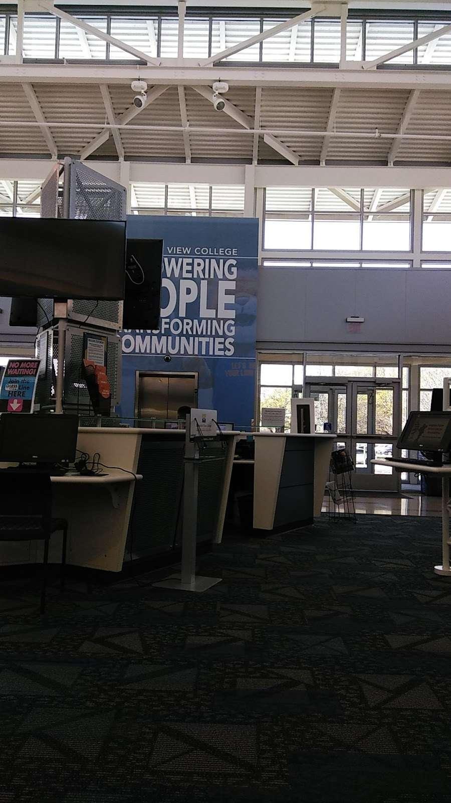 Mountain View College Bookstore - book store  | Photo 3 of 5 | Address: Mountain View College W Building, 4849 W Illinois Ave, Dallas, TX 75211, USA | Phone: (214) 331-5474