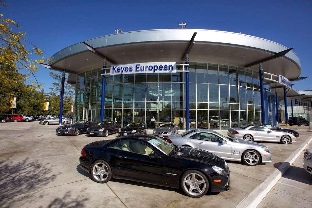 Keyes European Mercedes Benz 5400 Van Nuys Blvd Sherman Oaks Ca 91401 Usa
