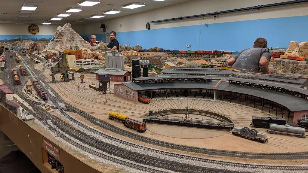 Adobe Mountain Train Museum - museum  | Photo 2 of 10 | Address: 23280 N 43rd Ave, Glendale, AZ 85310, USA | Phone: (623) 252-6871