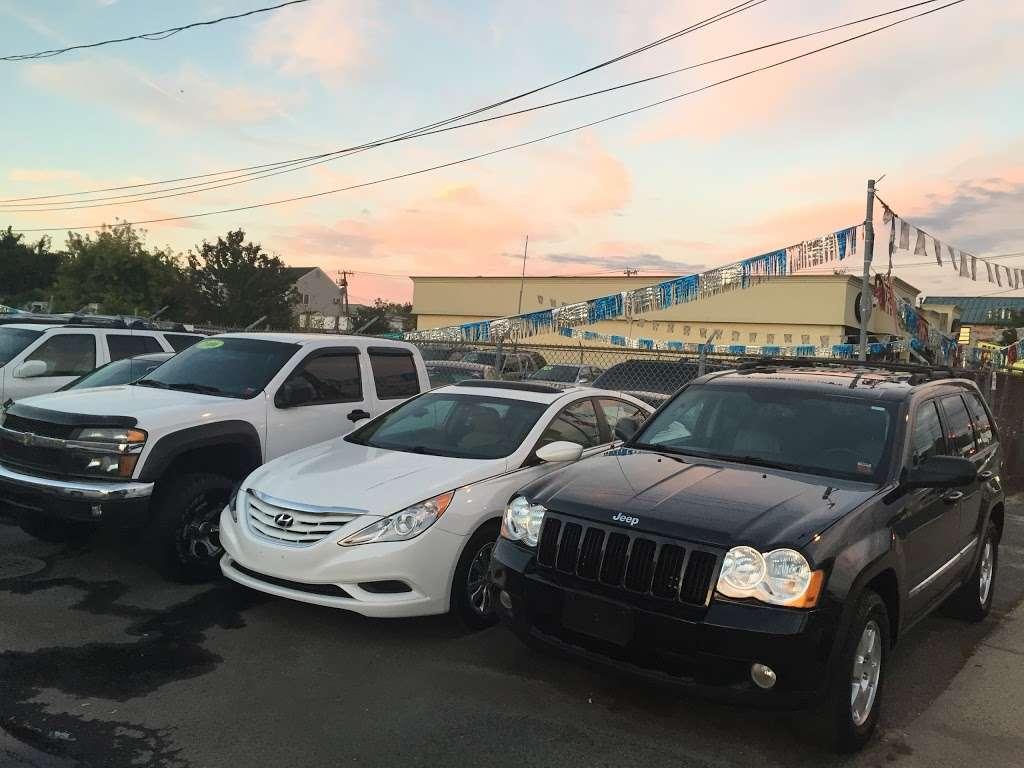 SB Auto Sales - car dealer  | Photo 10 of 10 | Address: 1355 Montauk Hwy, Copiague, NY 11726, USA | Phone: (631) 225-1405