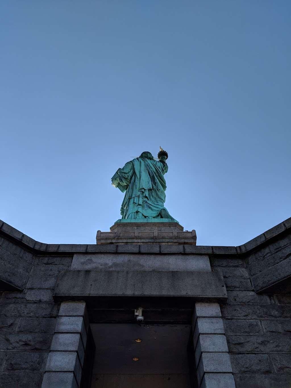 New York Estatua De La Llibertat Corona - museum  | Photo 10 of 10 | Address: Isla de la Libertad, New York, NY 10004, USA