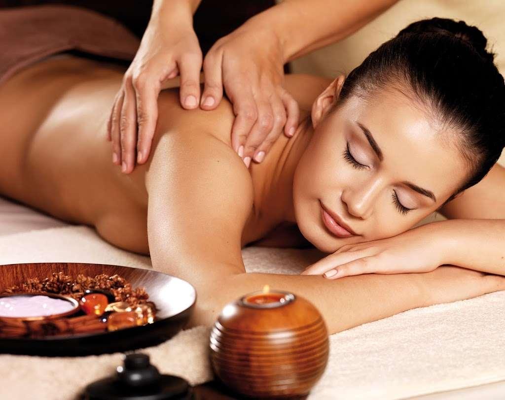 Lotus Asian Massage - spa  | Photo 2 of 7 | Address: 2724 N Waterman Ave J, San Bernardino, CA 92404, USA | Phone: (909) 881-0174