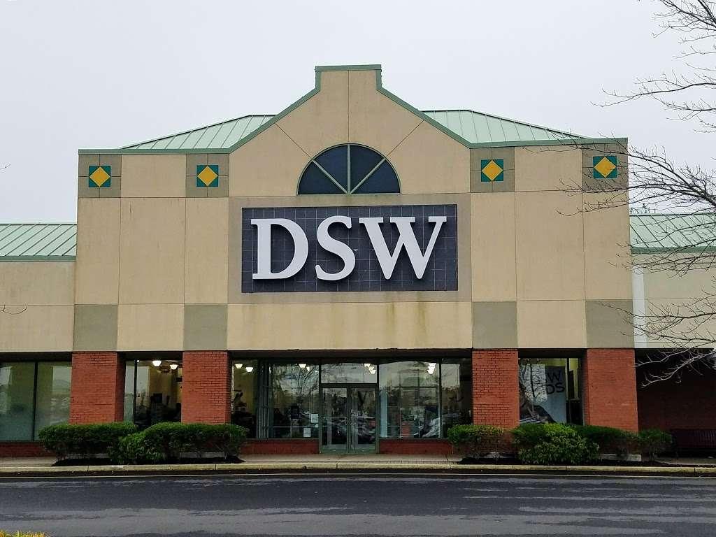 DSW Designer Shoe Warehouse - shoe store    Photo 1 of 10   Address: 225 Consumer Square, Mays Landing, NJ 08330, USA   Phone: (609) 272-8300