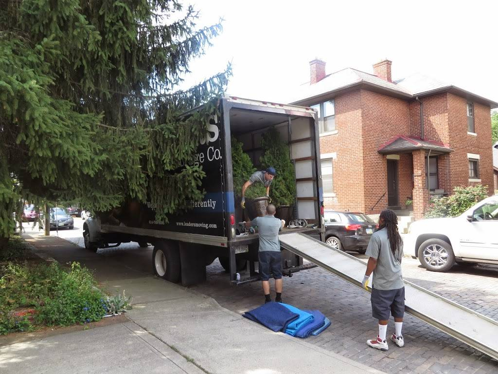 Leaders Moving & Storage Co. - moving company  | Photo 9 of 10 | Address: 4517 Industrial Pkwy, Cleveland, OH 44135, USA | Phone: (440) 497-4393