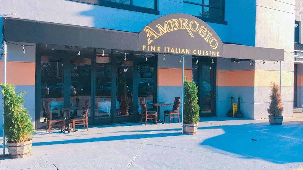 Ambrosio Italian Restaurant & Banquet Hall - restaurant  | Photo 1 of 10 | Address: 2071 Clove Rd, Staten Island, NY 10304, USA | Phone: (718) 524-7174