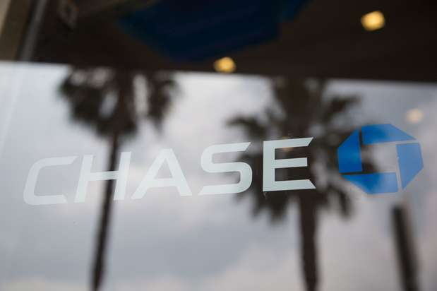 Chase Bank - bank  | Photo 5 of 6 | Address: 13011 Peyton Dr, Chino Hills, CA 91709, USA | Phone: (909) 548-6565
