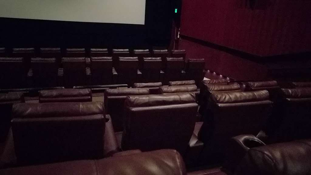 Cinemagic - movie theater  | Photo 5 of 10 | Address: 11 Executive Park Dr, Merrimack, NH 03054, USA | Phone: (603) 423-0240