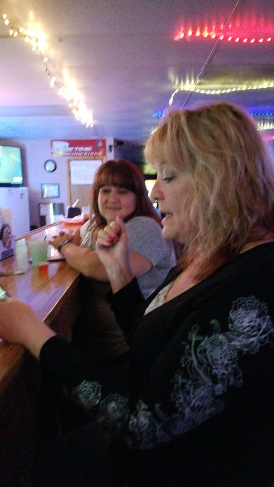 Rurys Tap - restaurant  | Photo 4 of 6 | Address: 365 Lake St, South Wilmington, IL 60474, USA | Phone: (815) 237-2756