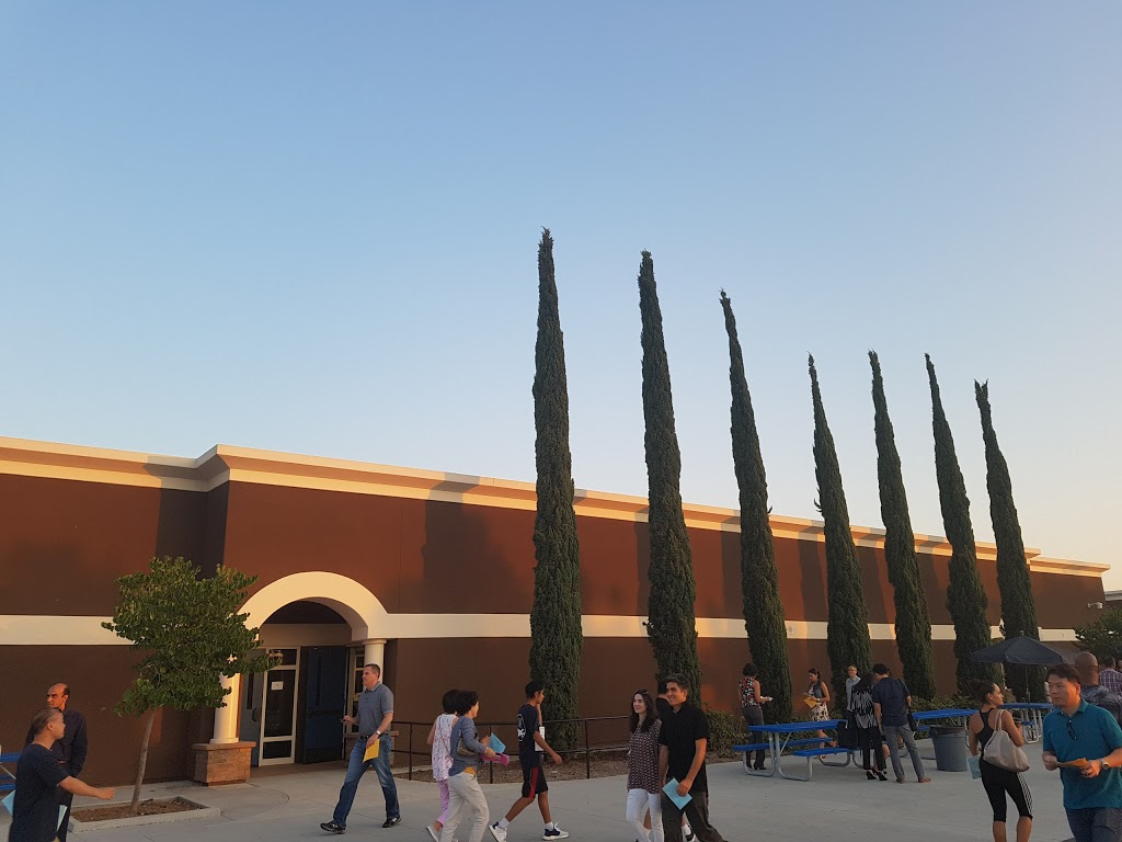 Jeffrey Trail Middle School - school  | Photo 4 of 7 | Address: 155 Visions, Irvine, CA 92620, USA | Phone: (949) 936-8700