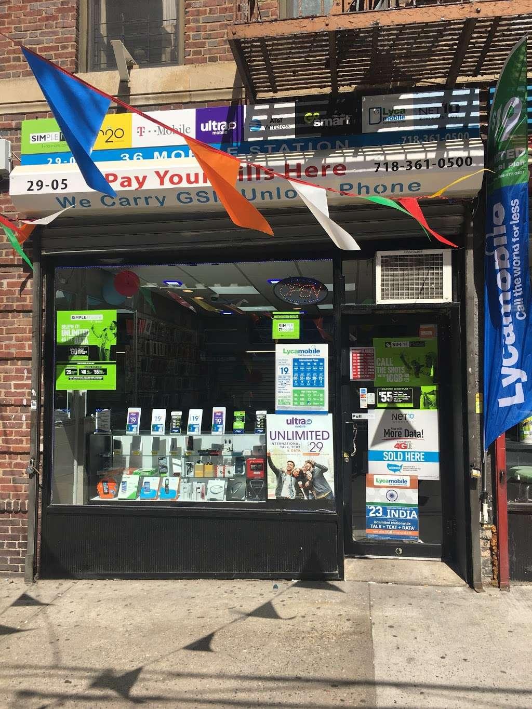 36 Mobile Station - store  | Photo 4 of 10 | Address: 2905 36th Ave, Long Island City, NY 11106, USA | Phone: (718) 361-0500