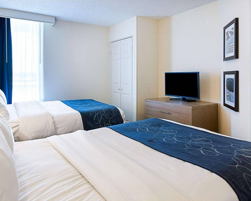 Comfort Suites Beachfront - lodging  | Photo 2 of 10 | Address: 2321 Atlantic Ave, Virginia Beach, VA 23451, USA | Phone: (757) 491-2400
