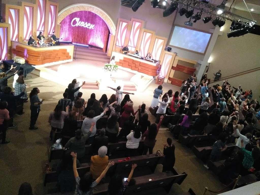 Christian World Ministries - church  | Photo 5 of 9 | Address: 6633 Walzem Rd, San Antonio, TX 78239, USA | Phone: (210) 657-5187