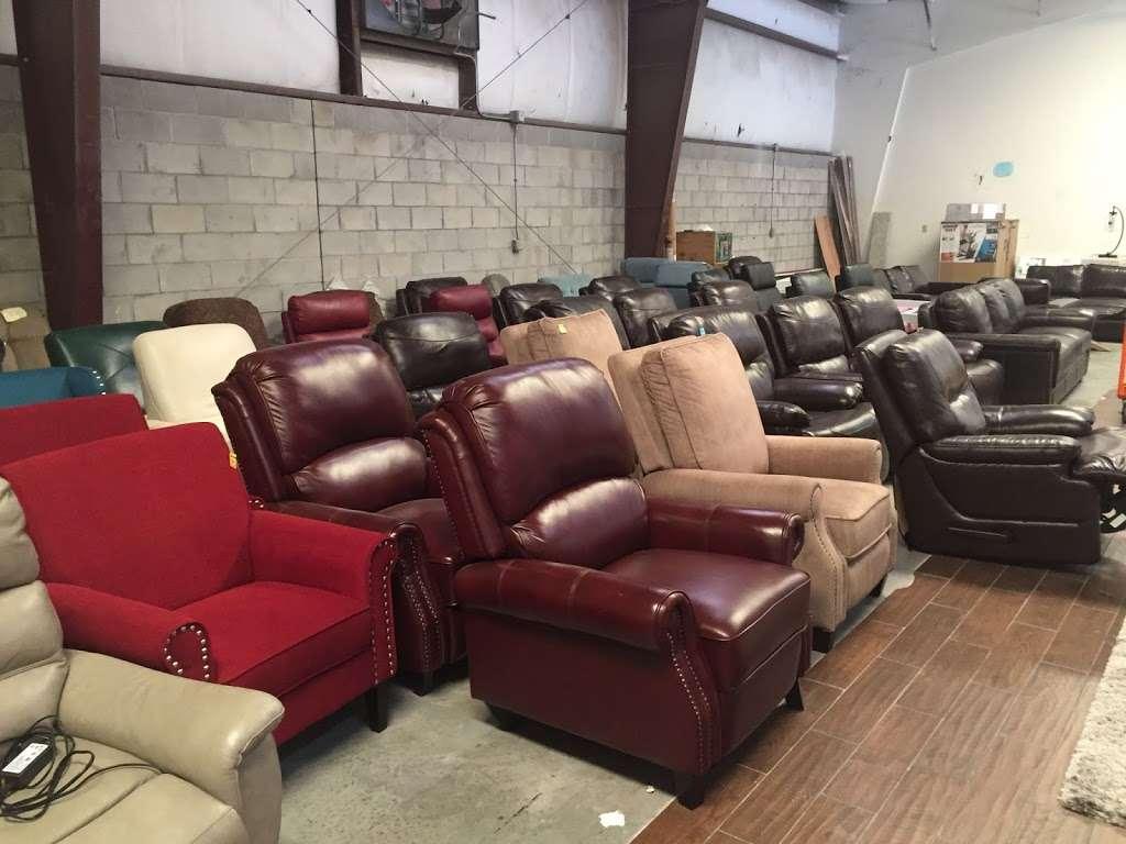 HD Wholesale - furniture store  | Photo 8 of 10 | Address: 3036 Kananwood Ct #1016, Oviedo, FL 32765, USA | Phone: (407) 716-0725