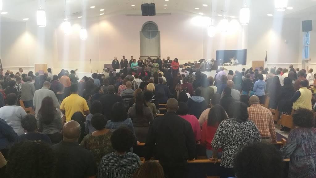 Mount Lebanon Baptist Church - church  | Photo 2 of 8 | Address: 884 Bells Mill Rd, Chesapeake, VA 23322, USA | Phone: (757) 547-3388