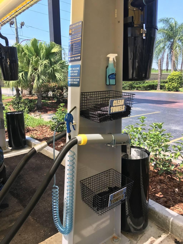 Floris Car Wash - car wash  | Photo 9 of 10 | Address: 3893 McCoy Rd, Orlando, FL 32812, USA | Phone: (407) 745-4343