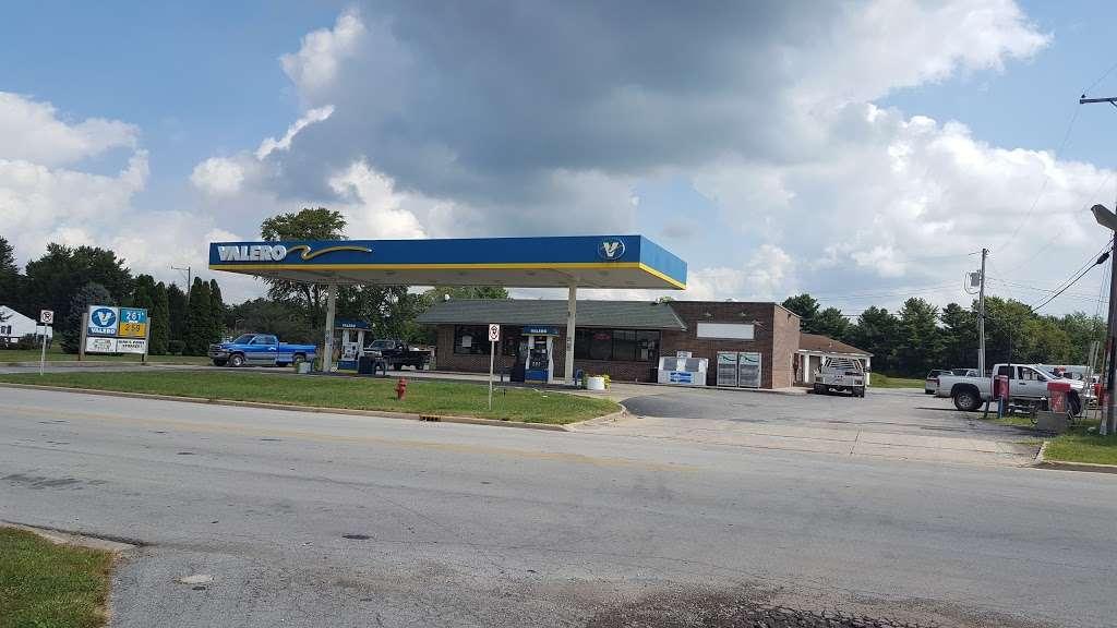 Kirklins Valero - gas station    Photo 1 of 4   Address: 415 S Main St, Kirklin, IN 46050, USA   Phone: (765) 279-5960