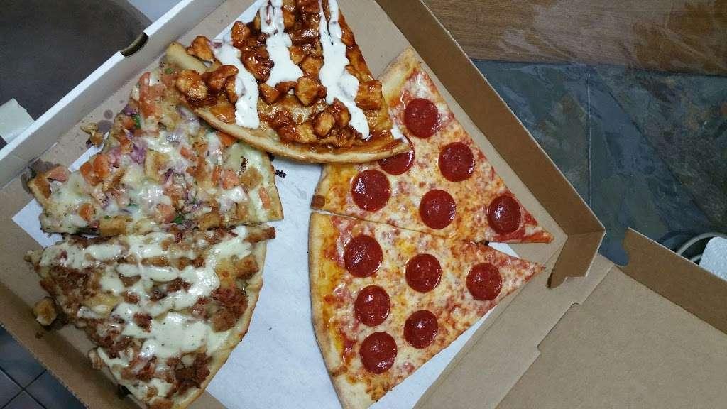 Pronto Pizza - restaurant  | Photo 6 of 10 | Address: 2928 Avenue R, Brooklyn, NY 11229, USA | Phone: (718) 627-4983