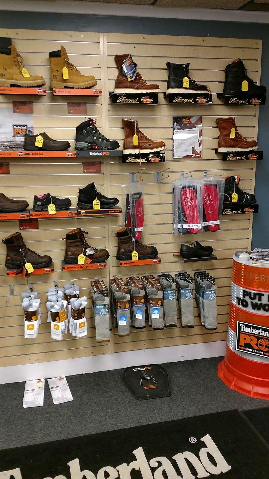 B & S Enterprises - clothing store    Photo 4 of 10   Address: 1280 Porter Rd, Bear, DE 19701, USA   Phone: (302) 834-8337