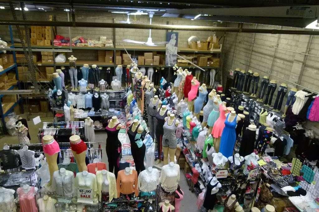 Hudson Wholesale, Inc. - clothing store  | Photo 1 of 10 | Address: 326 Hudson St, Hackensack, NJ 07601, USA | Phone: (201) 489-7282