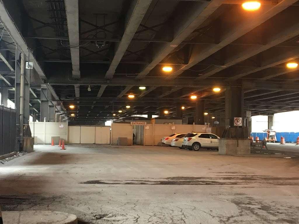 City of Chicago Central Auto Pound - storage  | Photo 1 of 10 | Address: 400 E Lower Wacker Dr, Chicago, IL 60601, USA | Phone: (312) 744-7550