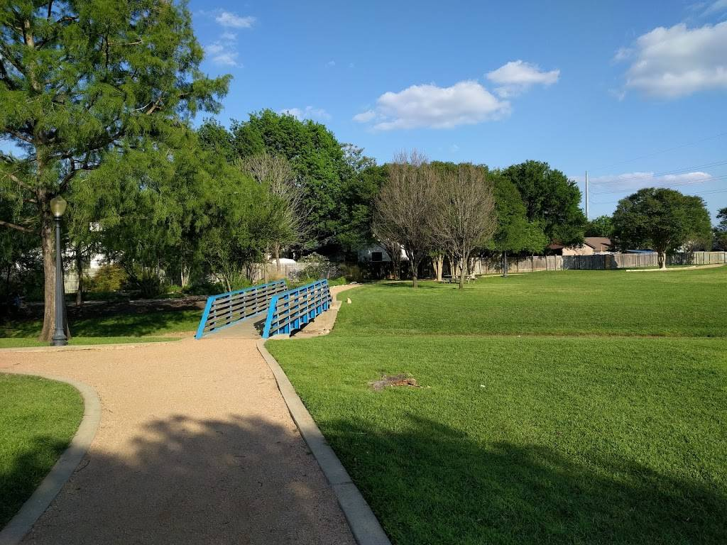 Tanglewood Forest Park - park  | Photo 5 of 10 | Address: 9801 Curlew Dr, Austin, TX 78748, USA | Phone: (512) 974-6700