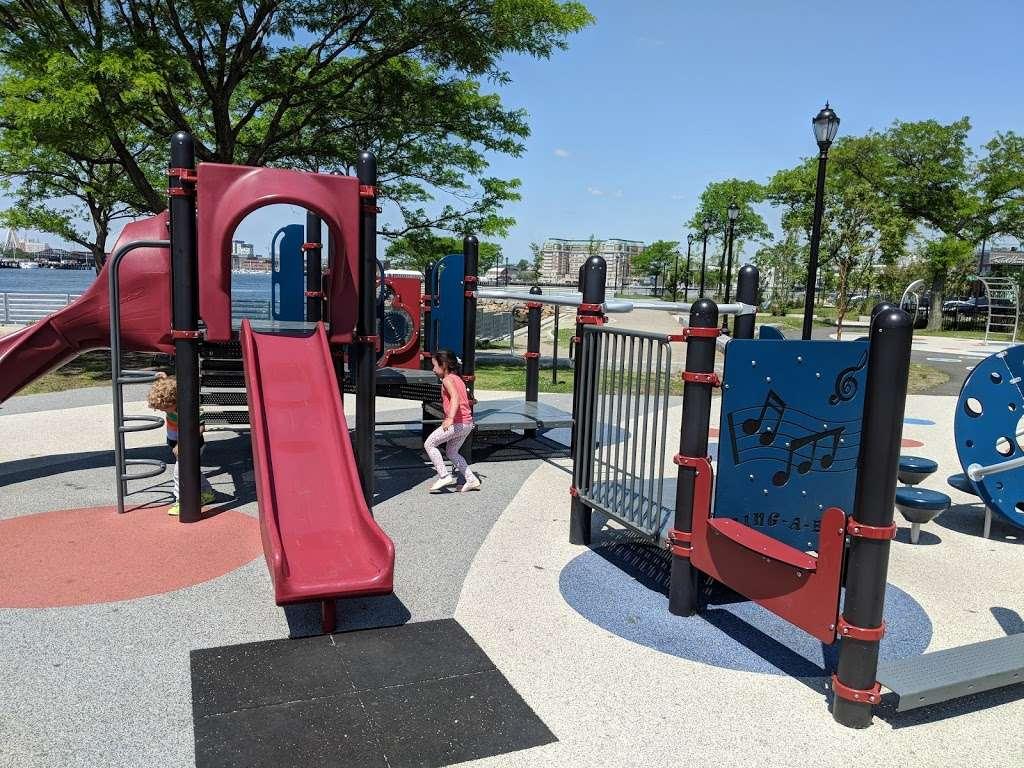 LoPresti Park - park  | Photo 4 of 10 | Address: 33 Sumner St, Boston, MA 02128, USA | Phone: (617) 635-4505